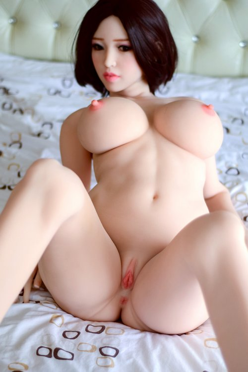 Ultra Realistic Poseable Sex Doll - Brunette Beauty