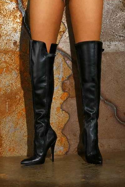 High-heeled Leather Boots with Zip