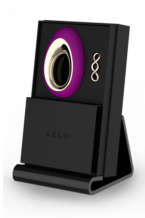 LELO Insignia Product Display